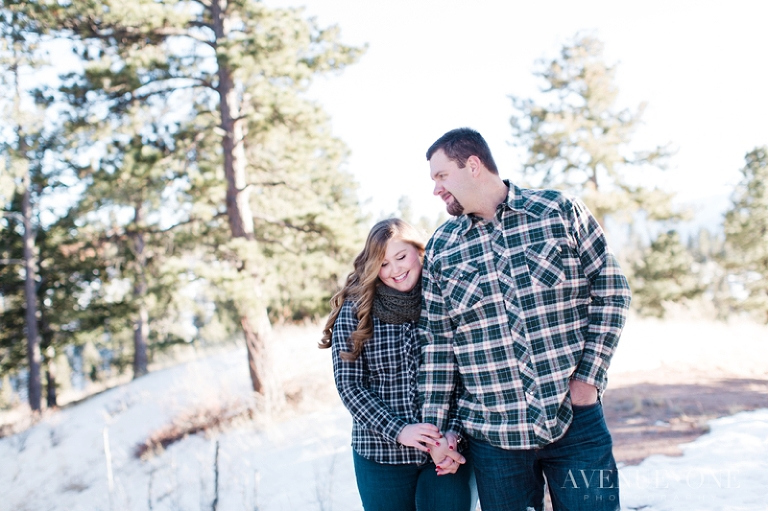 Colorado-mountain-engagement-pictures